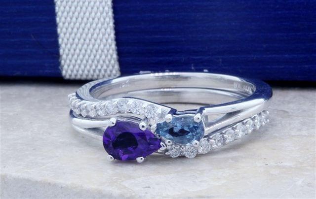 Finished Intertwined Infinity Bridal Set